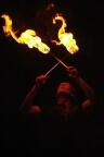 Feuershow brennende Fackeln