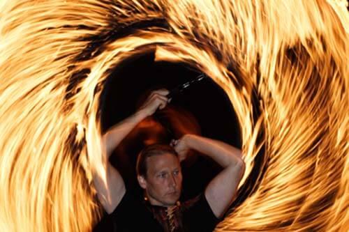 Feuershow brennendes Seil