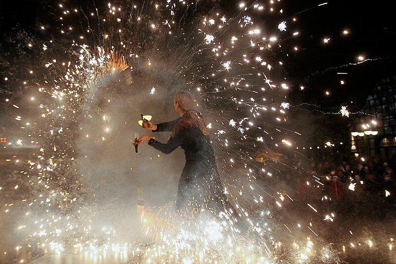 B?nde Feuerwerk