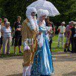 Besucher beim Schlossparkfest in Werneck